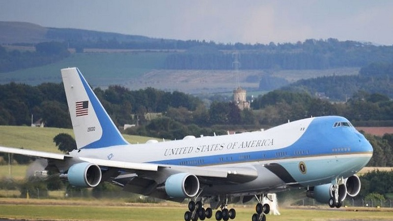 Surprise fleet Trump's Air Force One