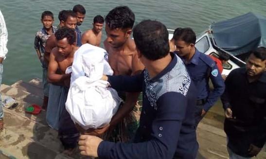 Boat capsize kills 5 in Kaptai