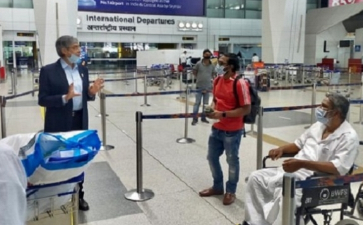 Another 328 Bangladeshis stranded in Delhi and Chennai in India returned