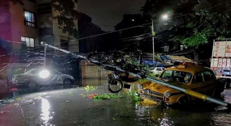 Kolkata is facing the biggest disaster in the 50 years