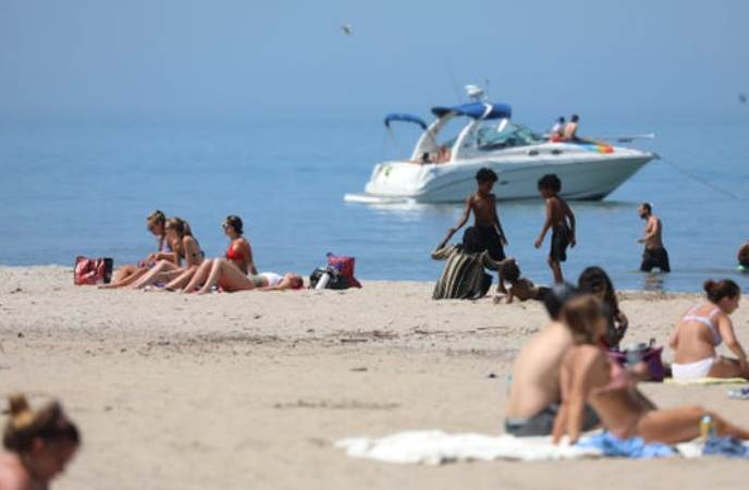 The mercury hit 93 degrees in Rochester late Tuesday afternoon