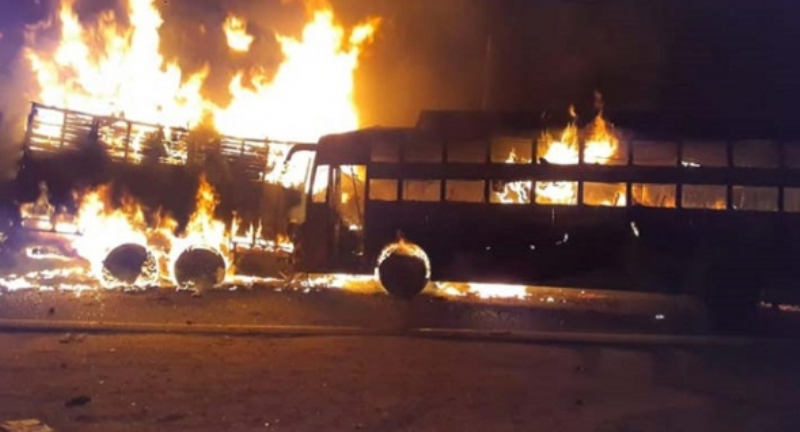 Bus-truck collision kills 24 in India