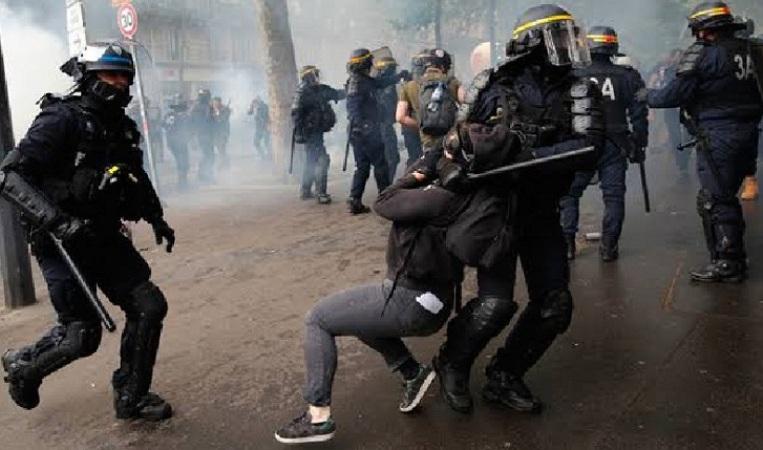 This time anti-apartheid protests erupted in Paris